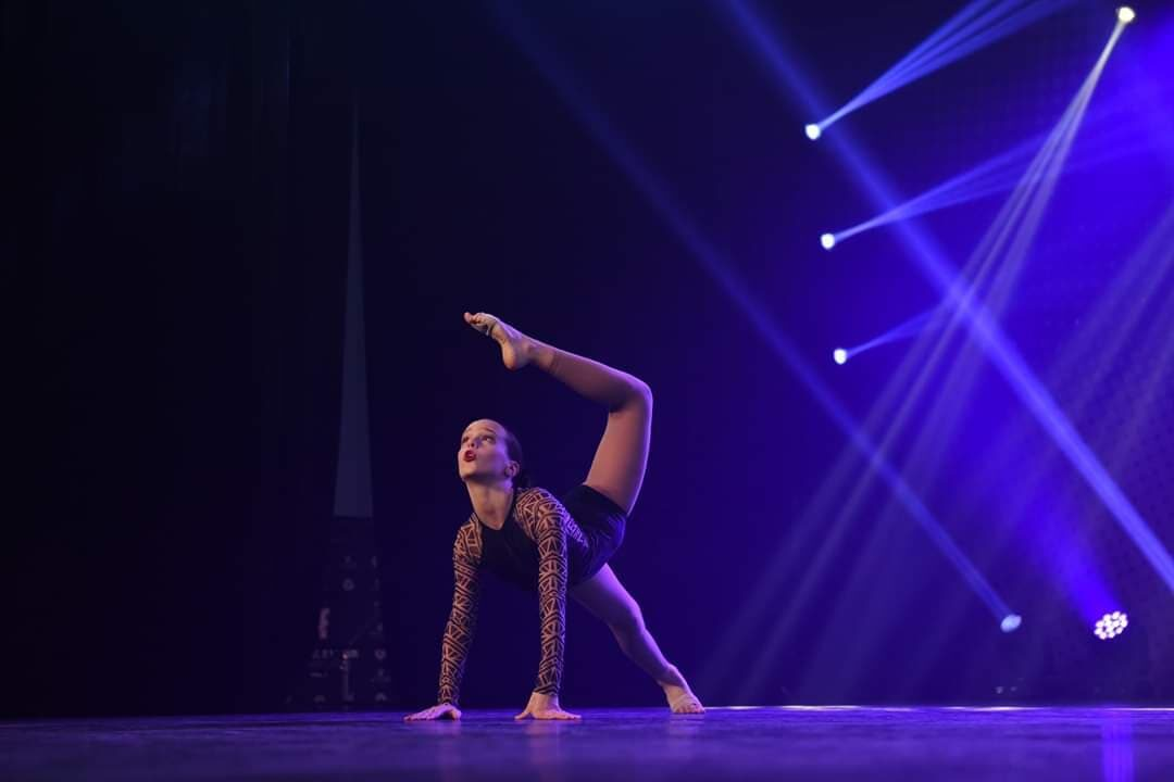 danse-contemporaine-style-de-danse-MovinUp