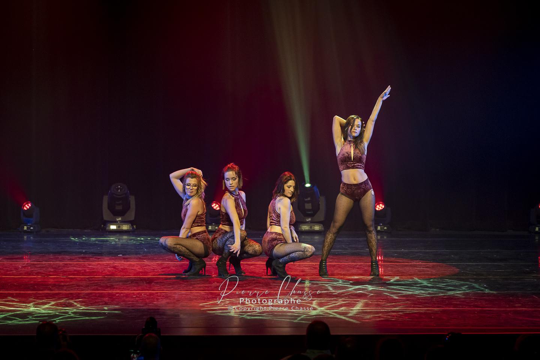 hellz-dance-style-de-danse-studio-monvinup